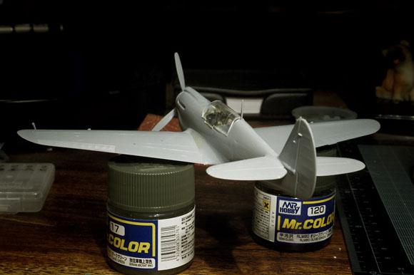 ハセガワ 1/72 P-40Nの翼後端処理