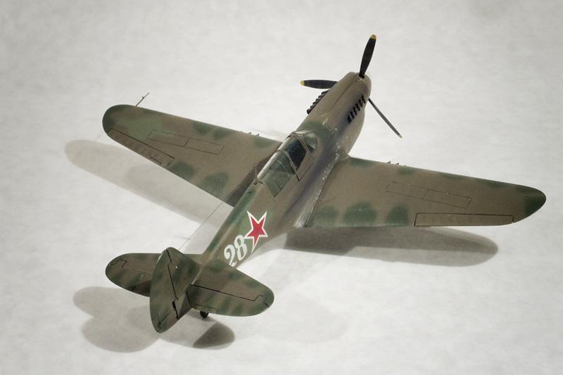 ハセガワ 1/72 P-40Nを右から