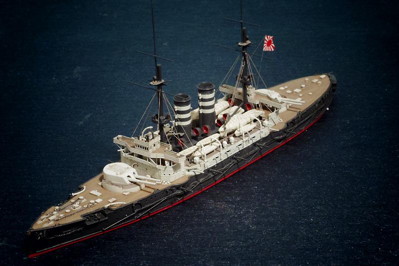 ハセガワ1/700「三笠」を左舷から