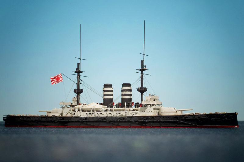 ハセガワ1/700「三笠」を右舷から