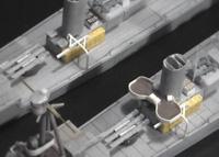 魚雷発射管の周辺構造に悩む